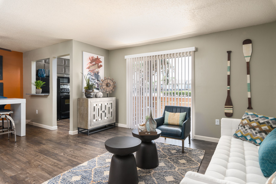living room layout at The Beverly Apartments Orlando